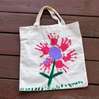 Handprint-flower-bag